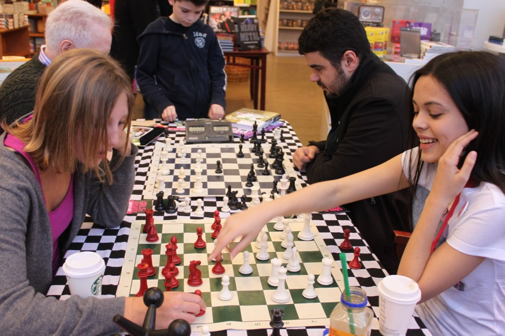 benefits of playing chess The study examines the effect of playing chess on the focusing on a plan during a chess game and for the benefits it has on the skills and mental.